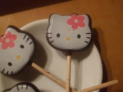 sucettes hello kitty